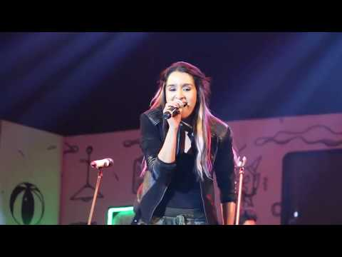 shraddha kapoor  live dance performance