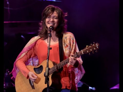 Amy Grant - Highly Favoured