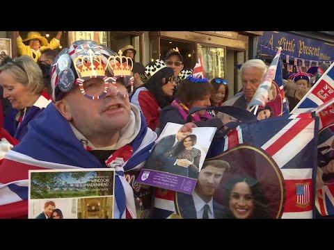 Royal fans: Princess Diana 'watching over' wedding