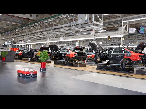 Smart AGVs For The Audi A8 Production