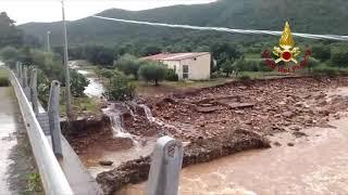 Crolla la strada tra Capoterra e Uta, impressionante voragine causata dal maltempo: chiusa la Sp91