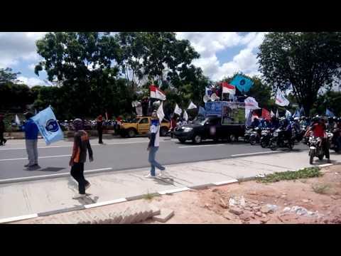 Merinding!!! Demo buruh Batam tolak RUU omnibus Law