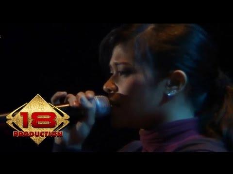 Cokelat - Jauh (Live Konser Safari Musik Indonesia)