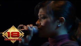 Cokelat Jauh Live Konser Safari Musik Indonesia