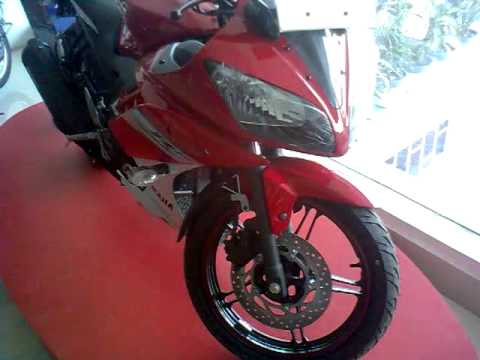 R15 V2 Red And White Yamaha YZF-R15 v2 in R...