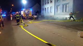 Frau erleidet Schock nach Kellerbrand