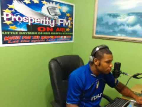 DJ ROBERT TECHNO MIX ON ''NEW MUSIC TUESDAY'' 19 11 2013 ON PROSPERITY FM IN CAYMAN