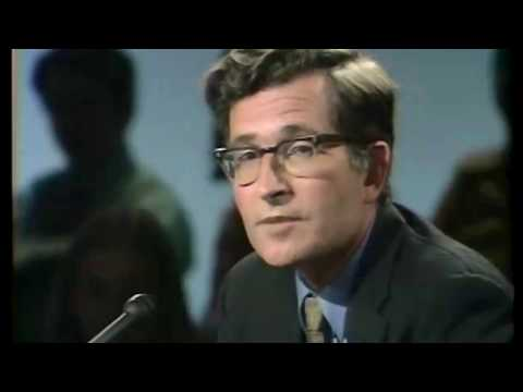 Young Noam Chomsky on Daniel Ellsberg (1969)