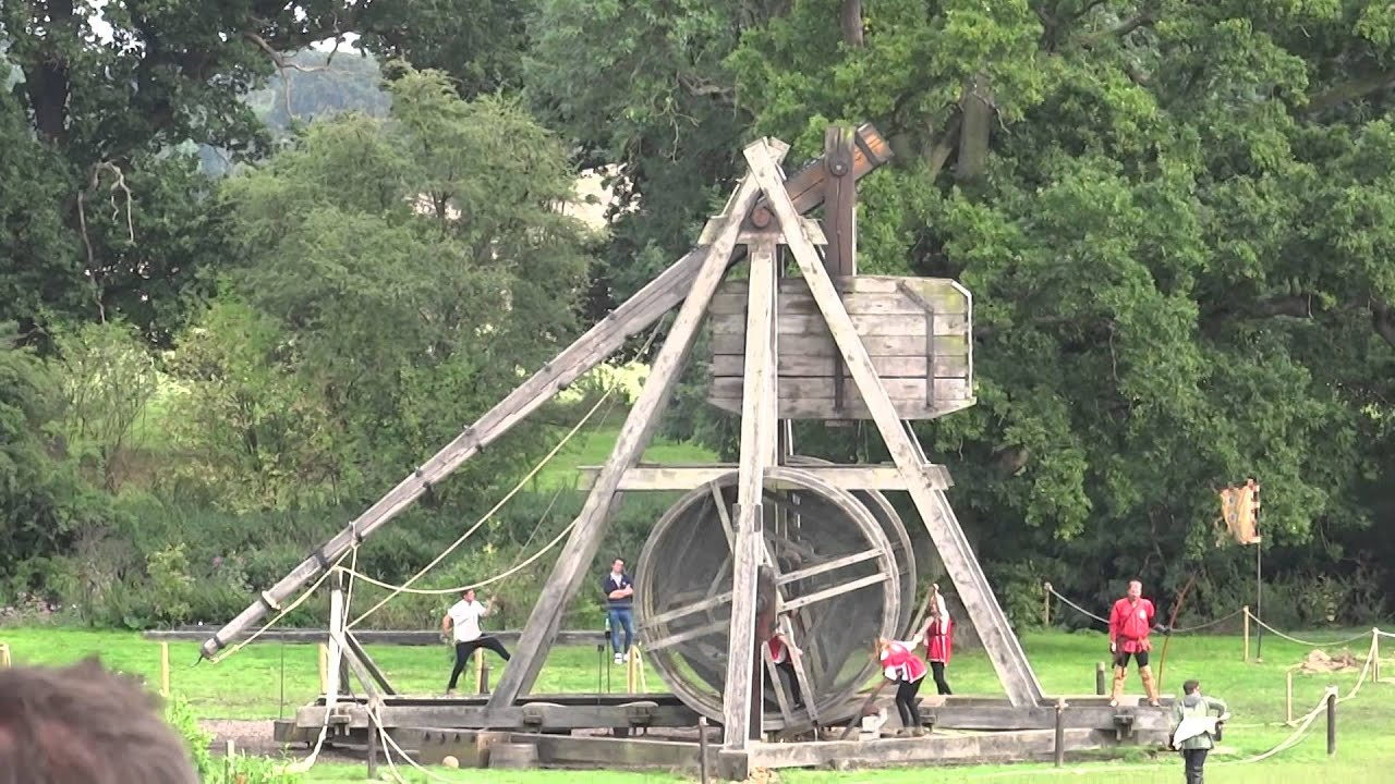 Wallpaper Hd Lord Of The Rings Warwick Castle Trebuchet In Action Youtube