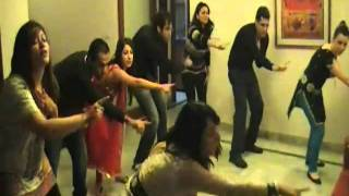 zor ka jhatka Choreographed by Deepshikha Arora for a wedding event in Delhi 2011