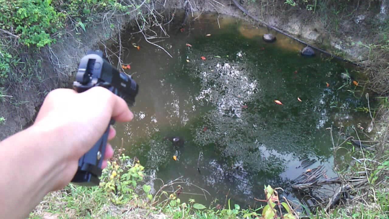 how to get free gun in piercing blow