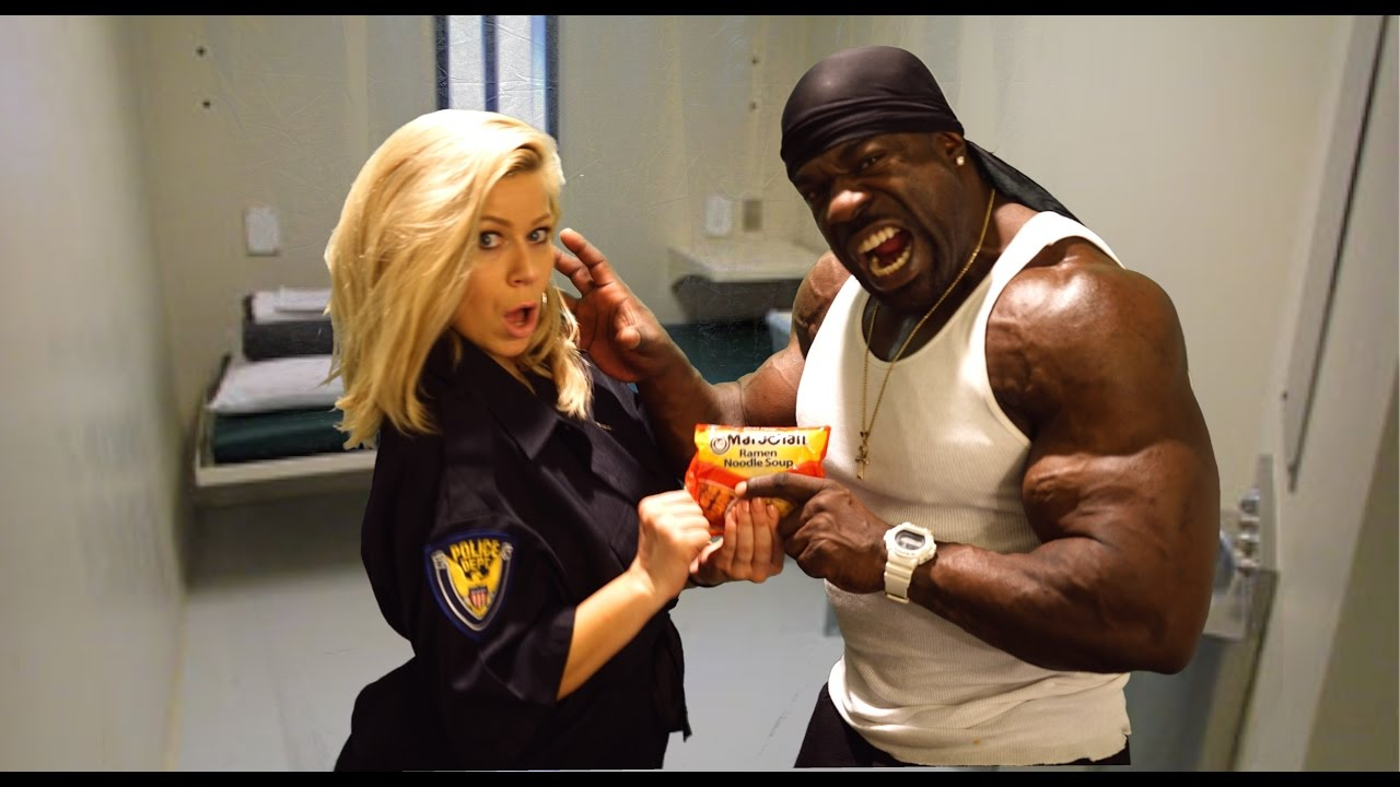 Kali Muscle with Girlfriend