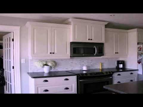 White Kitchen Cabinets With Black Countertops Pictures