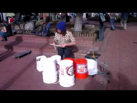 Awesome Street Bucket Drummer   Pearl Street   Boulder Colorado