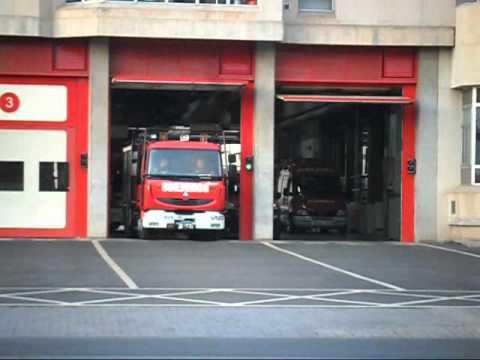 Bomberos Zaragoza. Salida BUL Renault Midlum Del Parque Nº1