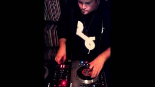 Scratching on Numark NS7 with DJ Silly Kid from On Point Records