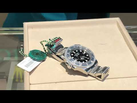 Buying a Rolex Submariner Date 116610LN steel in Dubai without waiting list and discount