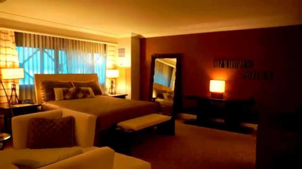 Vegas Rooms