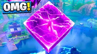 THE CUBE IS CRACKING IN FORTNITE BATTLE ROYALE! Cube Event New Fortnite Update!