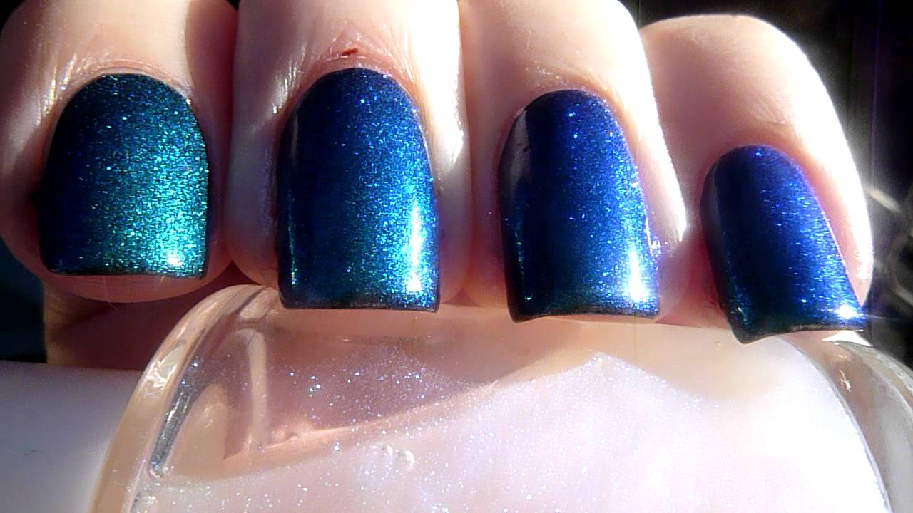 Blue to green colour changing nail polish - YouTube