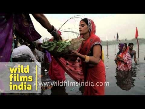 Worshipping Sun God on the banks of river Yamuna, Delhi