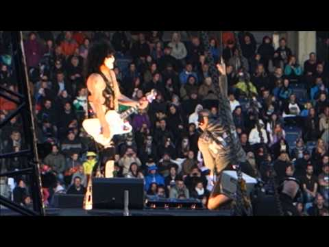 Kiss - Love Gun, live - Monster Tour, Paul Stanley is flying too low?