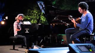 Hamilton de Holanda e Stefano Bollani - Chorinho pra ele