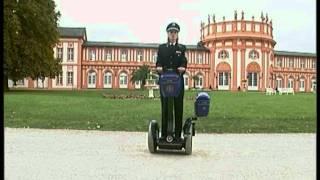 Segway im Einsatz bei der Polizei Hessen Wiesbaden Polizeischule