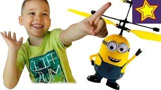 Літаючий міньйон з пультом розпакування іграшки Minion flying toy unboxing