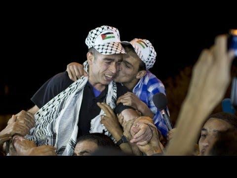Palestinians celebrate return of prisoners released in Israel