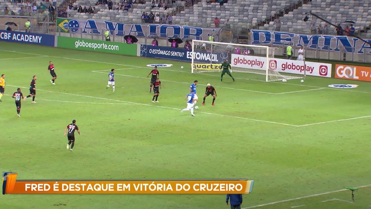 Fred é destaque em vitória do Cruzeiro contra o Vitória - YouTube ceb2dd3045796