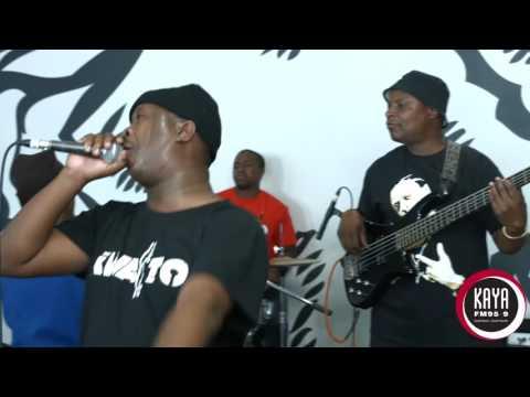 Spikiri Performs 'Ndofaya' Live & Unlugged...