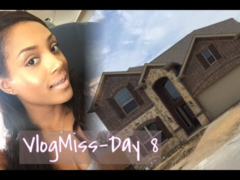 VlogMiss- Day #8 (Traveling to Dallas to House Hunt)