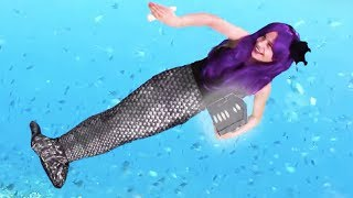 Mermaids Hunt For Sunken Treasure!