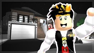 MY DAILY ROUTINE IN BLOXBURG! (Roblox Roleplay)
