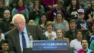 Bird Feels The Bern: Bird Flies to Bernie Sanders' Podium at Portland Oregon Rally 3/25/2016