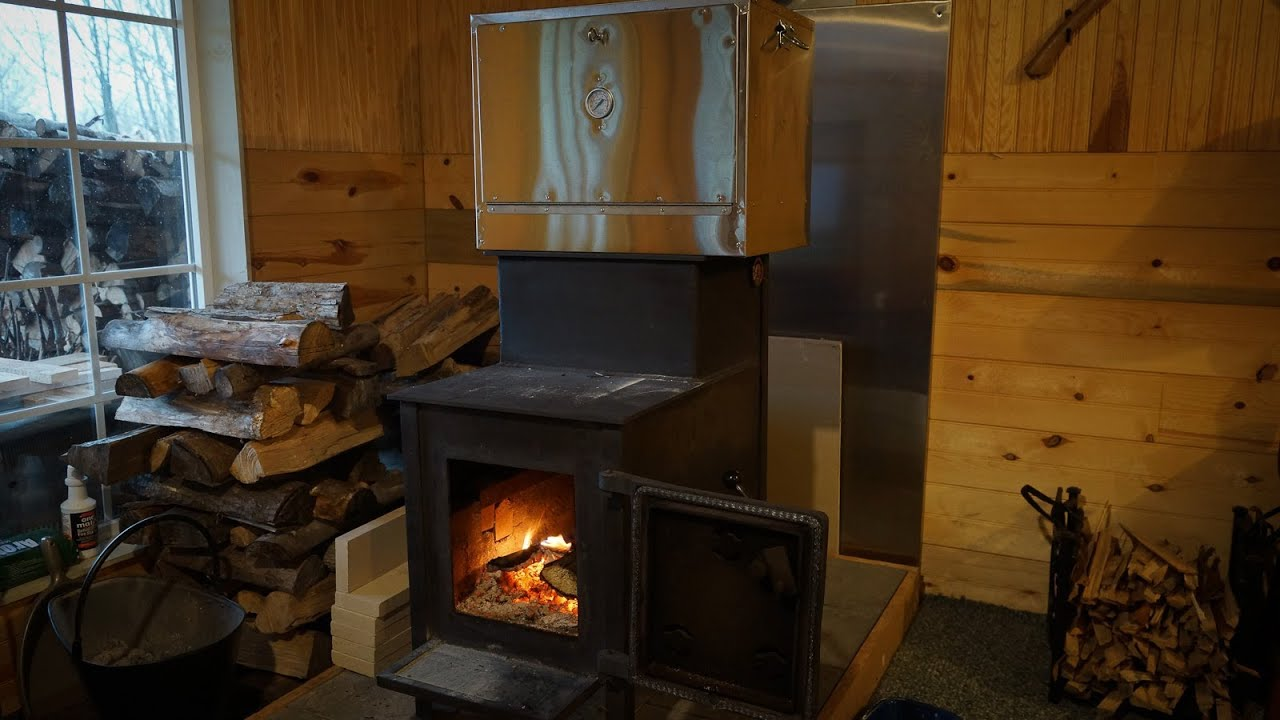 Off grid wood stove baking with Amish oven - YouTube