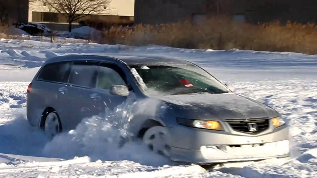 JDM RHD 2005 Honda Accord Wagon 4wd in the snow pt.2 - YouTube