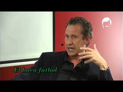 Panenka charla con Jorge Valdano en la FNAC Castellana