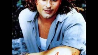 Carlos Vives : Amor Latino #YouTubeMusica #MusicaYouTube #VideosMusicales https://www.yousica.com/carlos-vives-amor-latino/ | Videos YouTube Música  https://www.yousica.com