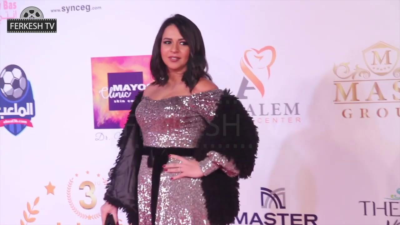 ايمى سمير غانم تخطف الانظار بفستان جميل جدا فى حفل وشوشة