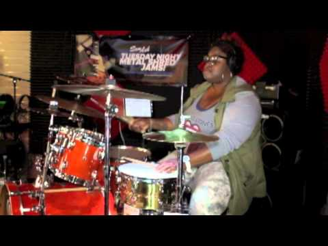 JLaToiya Live at Drummers Night Out