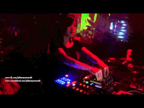 Juliana Yamasaki @ Richtig Dick techno (Muenster - DE)