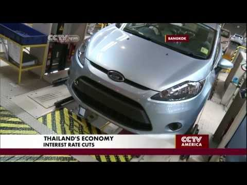 Thailand Govt Cuts Interest Rates as Economy Falters