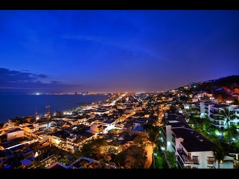 Relaxing Ocean Sounds of Puerto Vallarta  Waves and Crickets