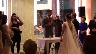 Celebrante Marcos Curiati - Cerimônia Bilingue - Thais e Aaron