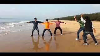 Gunturodu movie Padhe Padhe song