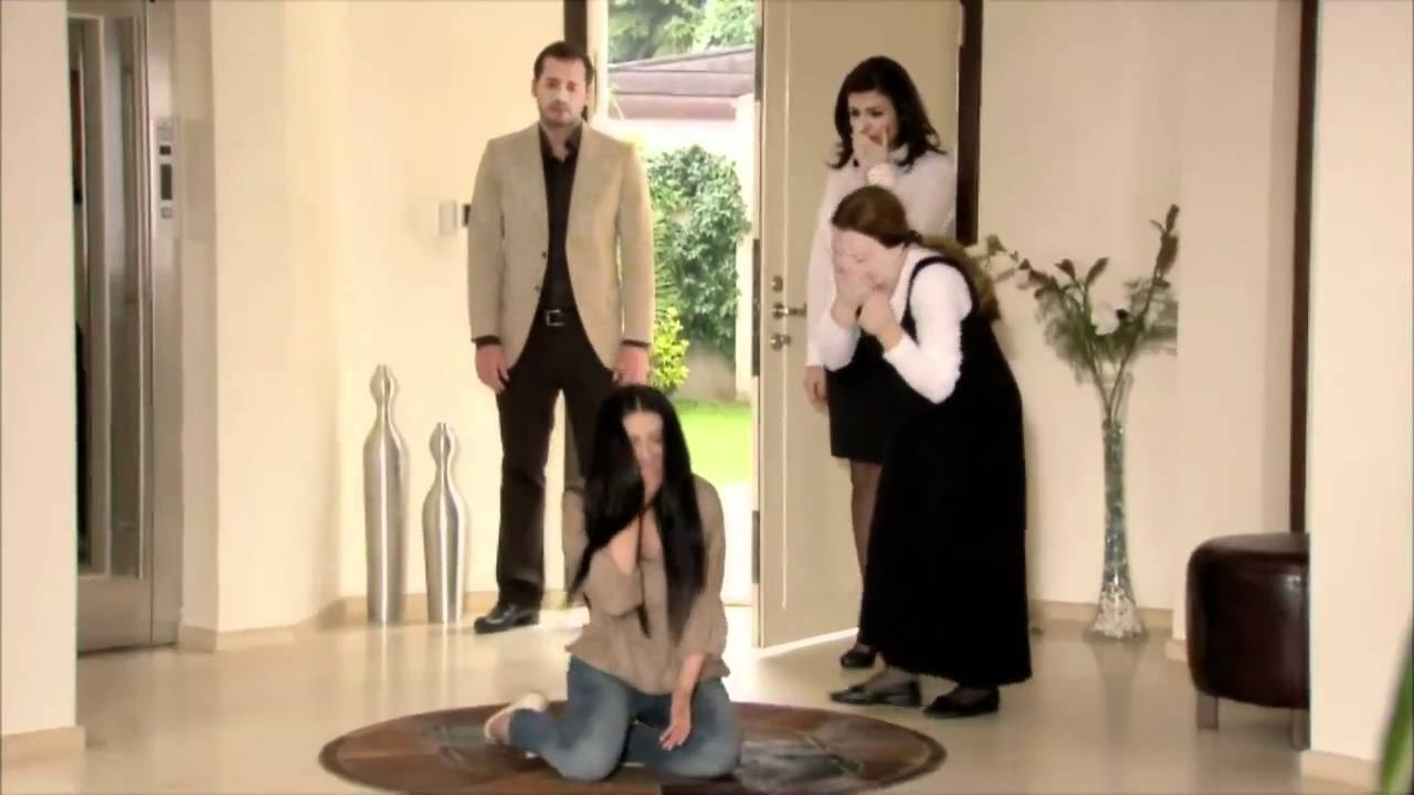 ударившись головой смотреть турецкий сериал незабываемый на ютубе юными трахалями