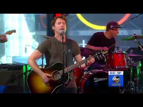 James Blunt - OK live in Times Square