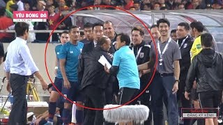 Thầy Park nổi giận với trợ lí đội tuyển Thái Lan, Quế Ngọc Hải hạnh phúc khi con gái đến cổ vũ
